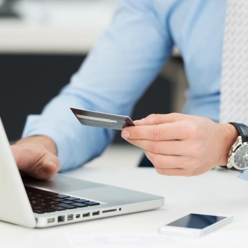 Porównywarki i portale aukcyjne – jak dużo możemy zaoszczędzić?