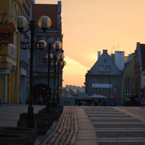 Praca w Olsztynie – w jakich zawodach można pracować w stolicy Warmii i Mazur? Charakterystyka olsztyńskiego rynku pracy