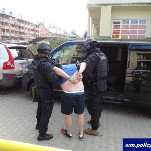 Wychowankowie Wrocławskich Centrów Rozwoju i Aktywności Dzieci i Młodzieży odwiedzili funkcjonariuszy Komendy Miejskiej Policji we Wrocławiu