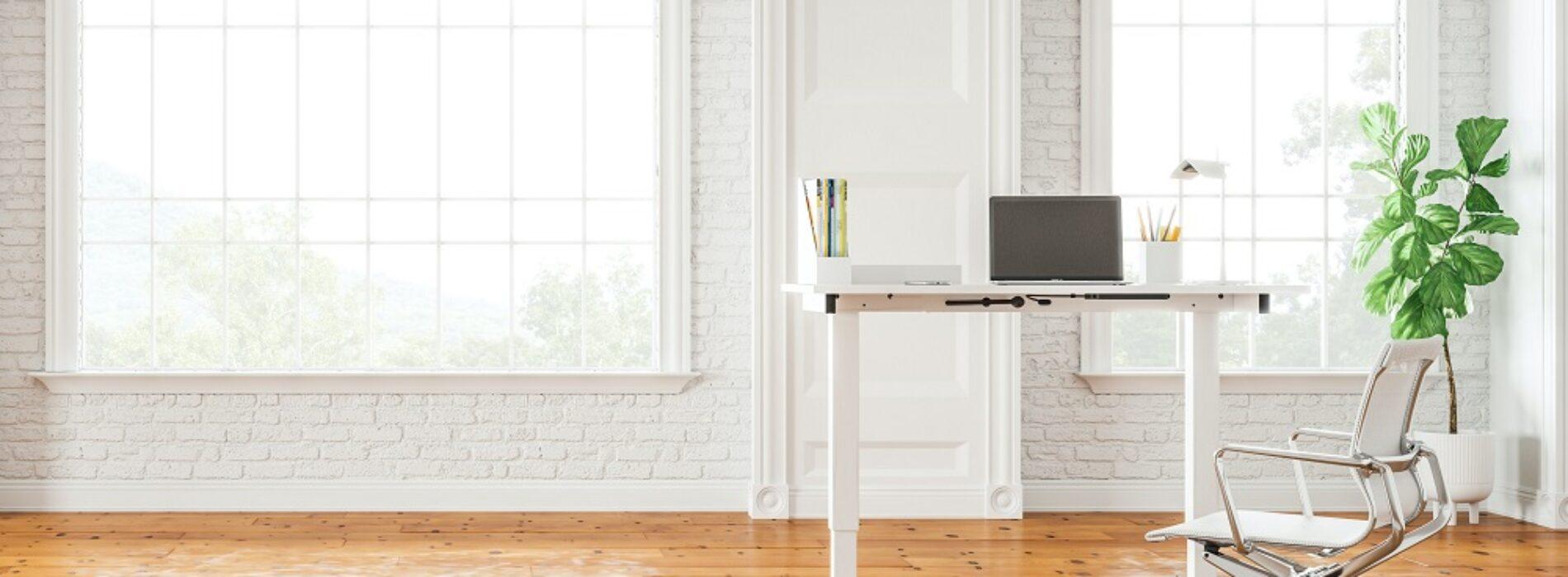 5 Porad, jak korzystać z biurka elektrycznie regulowanego